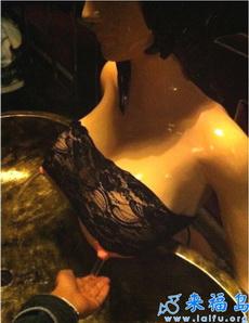 邪惡的洗手臺,男淫們的最愛啊!