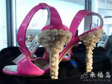 史上最恶心的高跟鞋,不知道是不是真牙做的