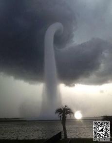 比臺風還厲害的超級龍卷風