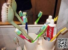 這個大號牙刷是誰的?