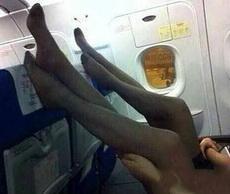 这样,还能不能让人好好的坐飞机了?