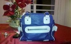 这包包真会卖萌啊