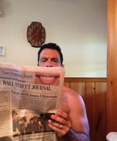 艾瑪,大哥咱還是換張報紙看吧