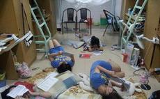 临近期末考的女生宿舍