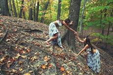 荒郊野岭遇到两个原生态野人
