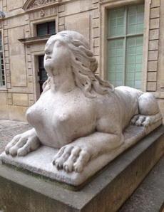 獅身女人面像
