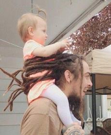 谁说男的留长发没好处?