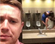连厕所也容不下单身狗了吗?