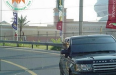 追上前面那辆车
