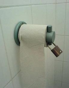 卫生纸也上锁