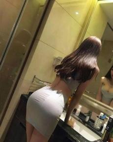 镜子没擦干净啊