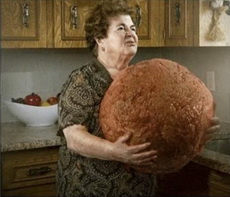 老妈说今晚做肉丸给我们吃!