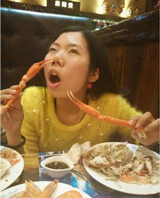妹子能好好吃饭吗!