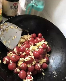 媳妇第一次做西红柿炒蛋,我已无力吐槽