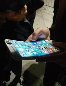 我不信,除了诺基亚还有手机可以这样的。