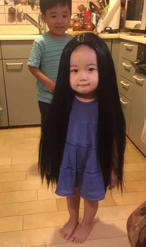 头发太多了,有点吓人